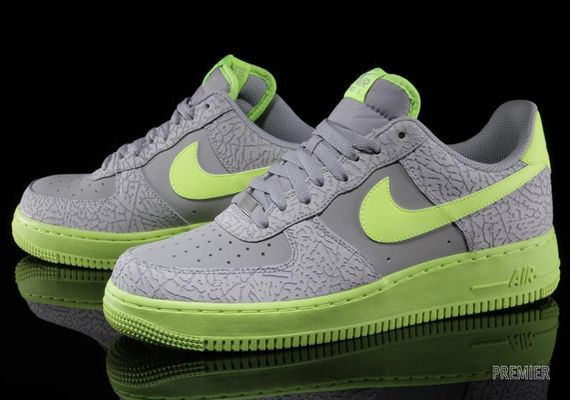 Nike Air Force Low Black Grey fluorescent Green Sdneaker
