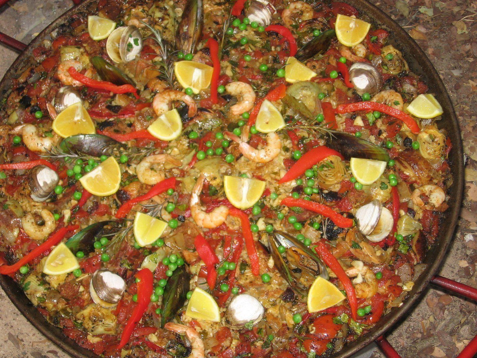 http://my.firedoglake.com/ruthcalvo/files/2011/02/seafood_paella_full.jpg