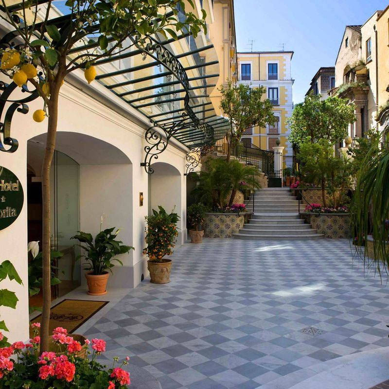 Grand Hotel La Favorita Italy Clic Grounds Scenic Views Sea Plant Property Courtyard Flower Neighbourhood Plaza
