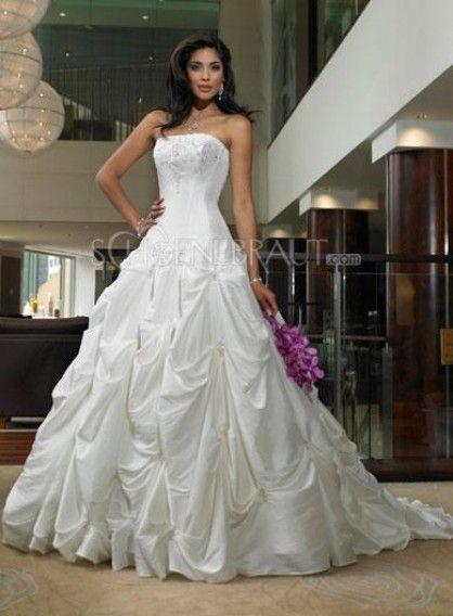 triumph   Ballkleider Hochzeitskleider in 2018   Pinterest ... c2728b692c