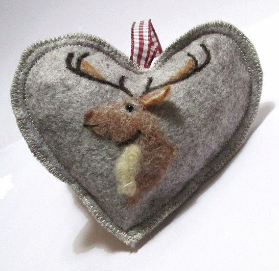 Deer Christmas ornament, Spice Heart shaped Stag hanging ornament, needle felted reindeer  hanging decorations,tree decoration