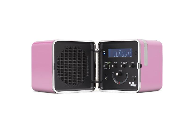 Terris Küchenradio ~ New radio.cubo by brionvega collection #design #vintage products