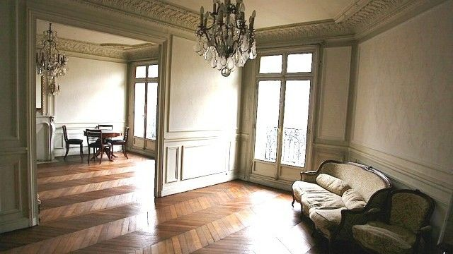 Appart haussmannien classique republique paris 11e 01 moulures pinterest - Moulure appartement haussmannien ...