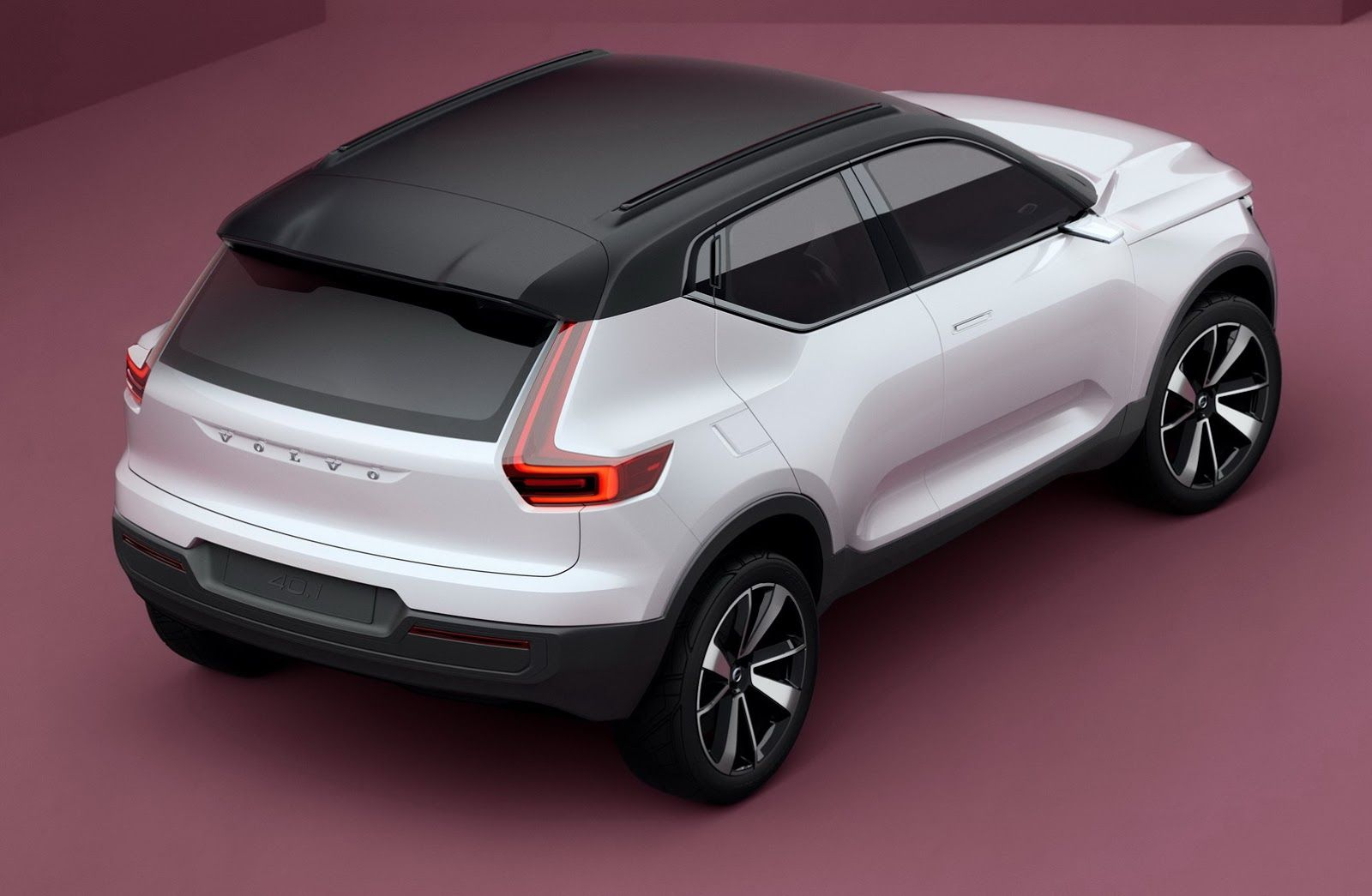 2017 Volvo Xc40 S40 Previewed With New Concepts With Promise Of Pure Ev Carscoops Volvo 40 Volvo Volvo V40