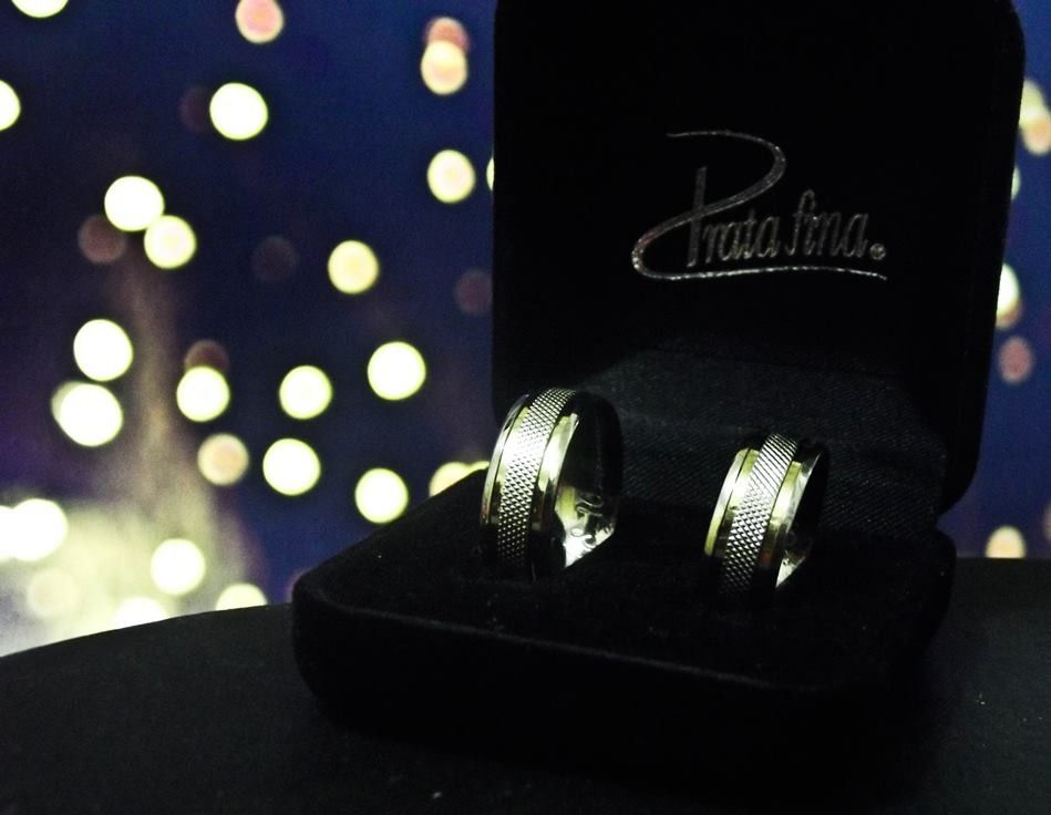 Dê alianças para o seu amor! #aliança #compromisso #pratafina