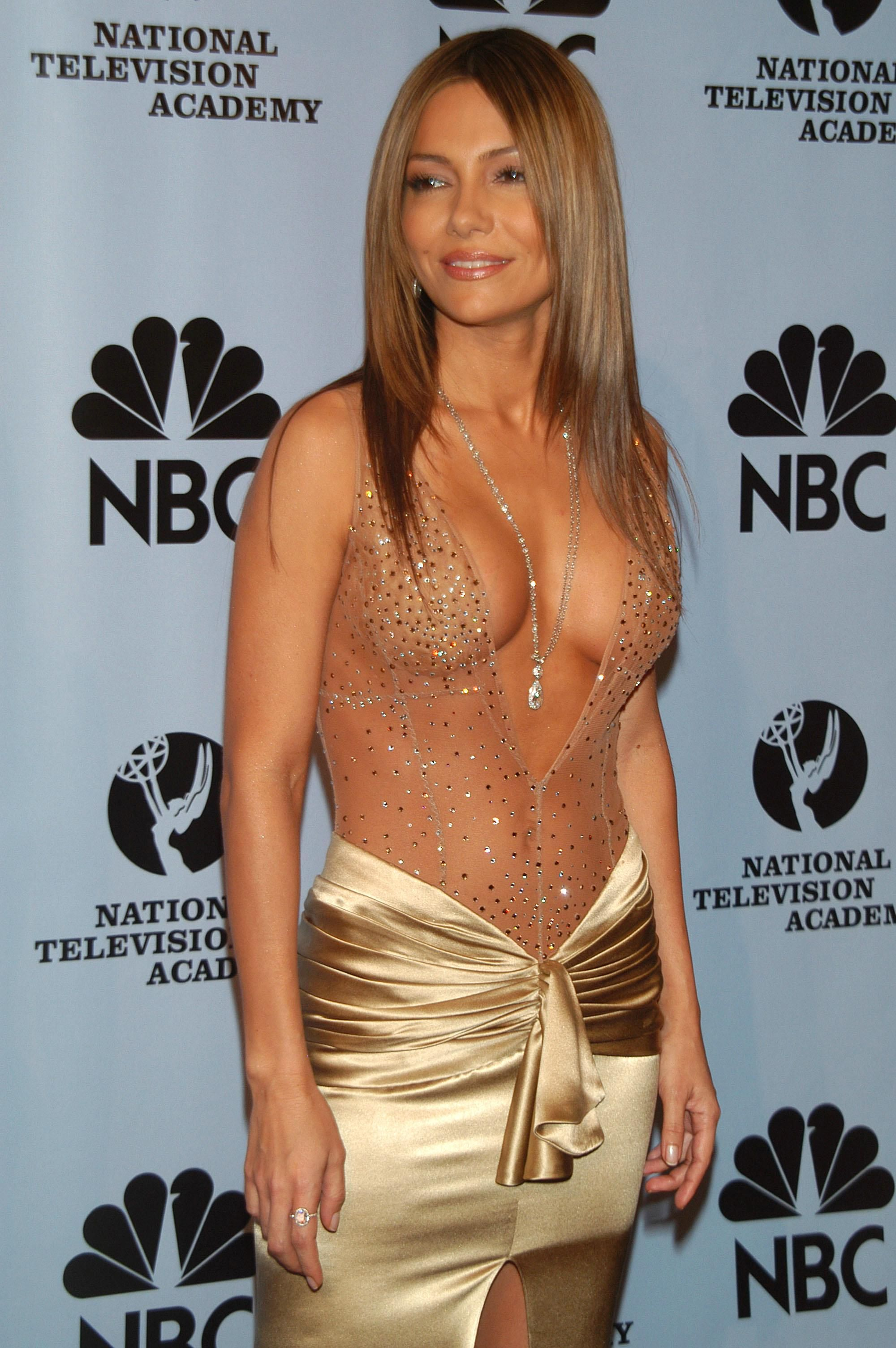 Cleavage Vanessa Marcil nude (25 photos), Sexy, Paparazzi, Selfie, cleavage 2017