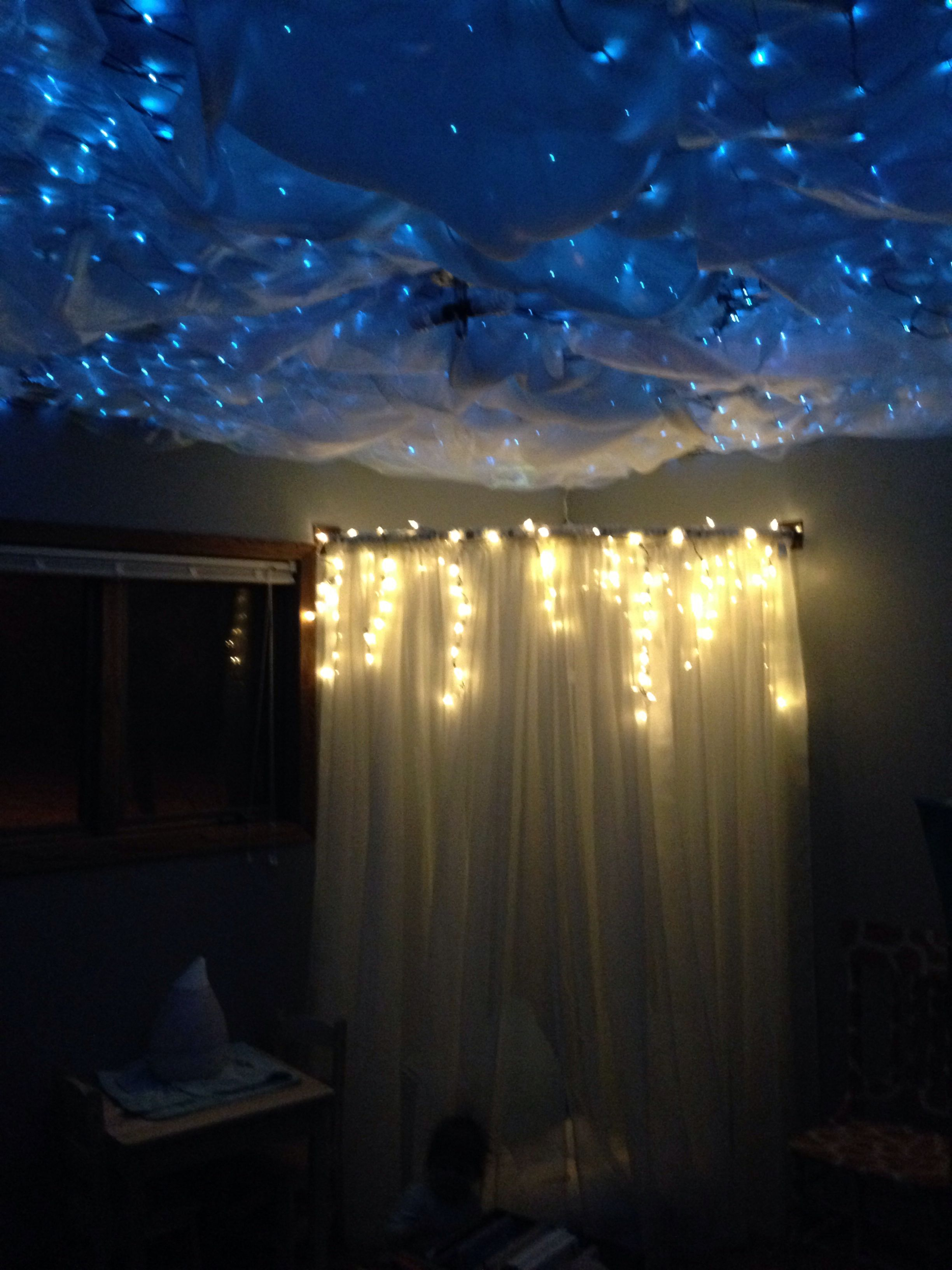 Little Girls Room With Reading Nook And A Cloudy Starry Night Sky