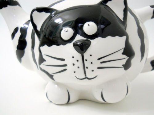 2002 Cheri Lane Cassanova Cat Tea Pot Black White Stripes Funny Usable Pottery