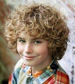 Cool Boyish Hairstyle Medium Length Curls