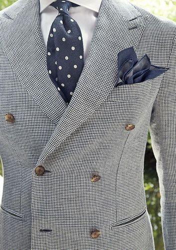 corbatas-imprescindibles-hombre -grenadine-macclesfield-paisley-rayas-topos-tartan-madras-punto-15 8e92a1946a7
