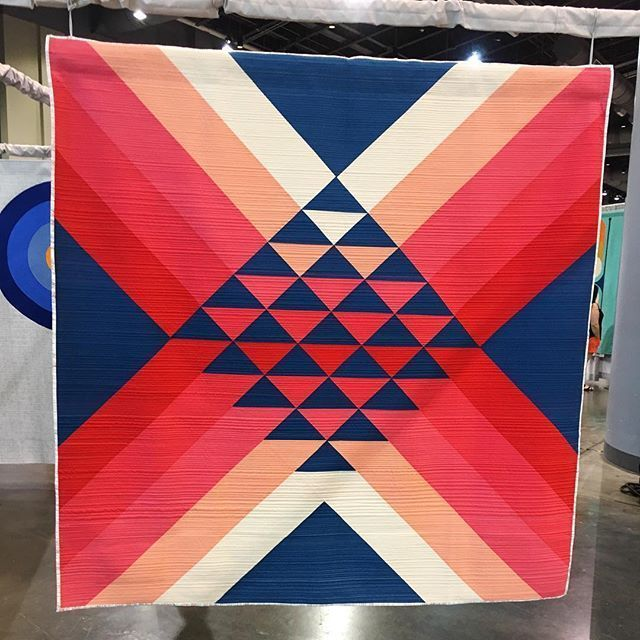 Go North by Maritza Soto @sotosewn #quiltcon2017 #quiltcon #quiltconfromhome #Regram via @curatedquilts