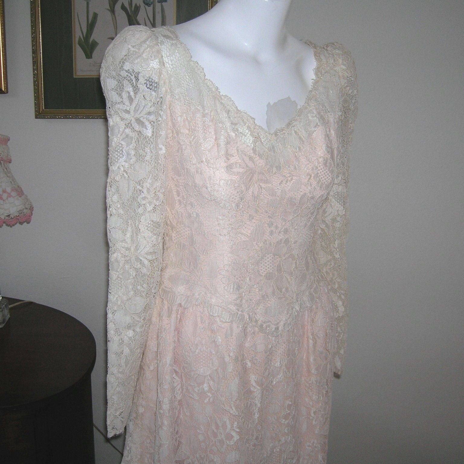 1940 wedding dress  us COUURE WEDDING GOWNS  s vintage embroidered french lace