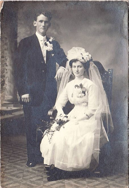 Vintage victorian wedding photo photographic images pinterest vintage victorian wedding photo junglespirit Images