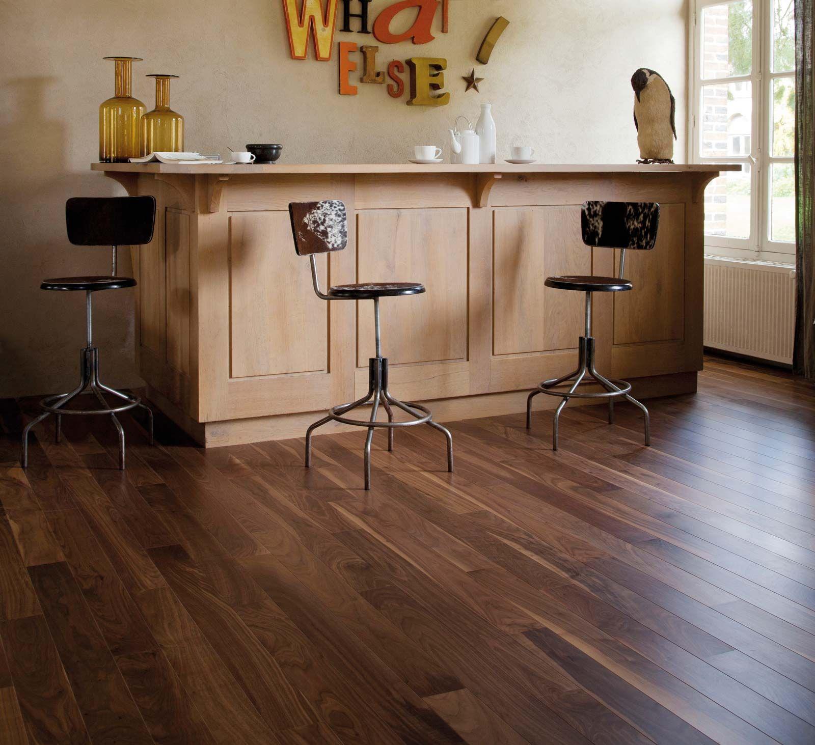 parquet contrecoll clipsable en noyer berry alloc cosmo. Black Bedroom Furniture Sets. Home Design Ideas