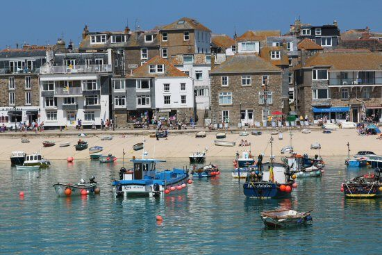 Fishing Boats And Harbour Beach St Ives Cornwall England St Ives Cornwall Beautiful Places To Visit
