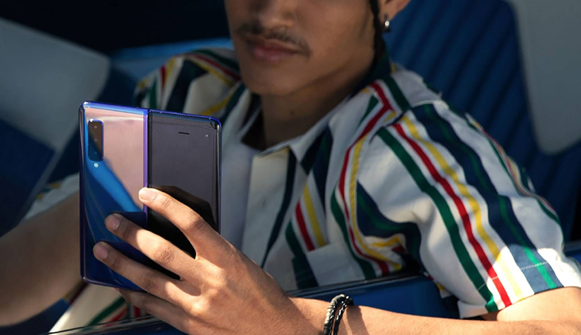 Samsung Galaxy Fold es oficial, así es el primer móvil de pantalla flexible