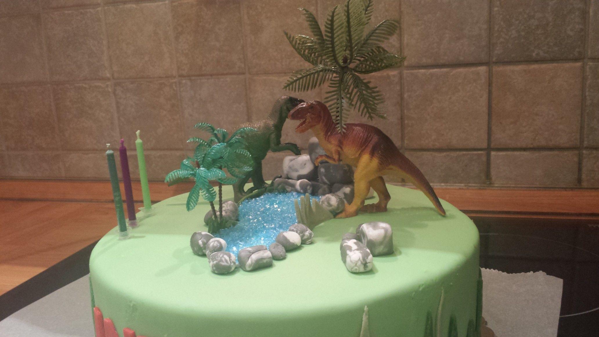 Fondant torte kindergeburtstag dinosaurier cake easter