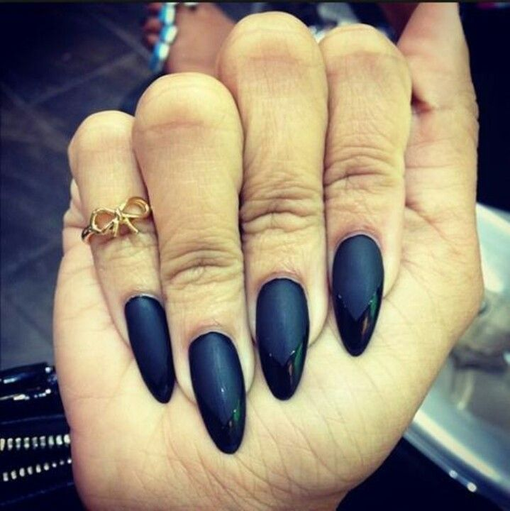 Matte Black stiletto nails w/shiny tips ·This is how my nails were ...