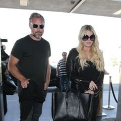 Jessica Simpson and Eric Johnson arrive at LAX