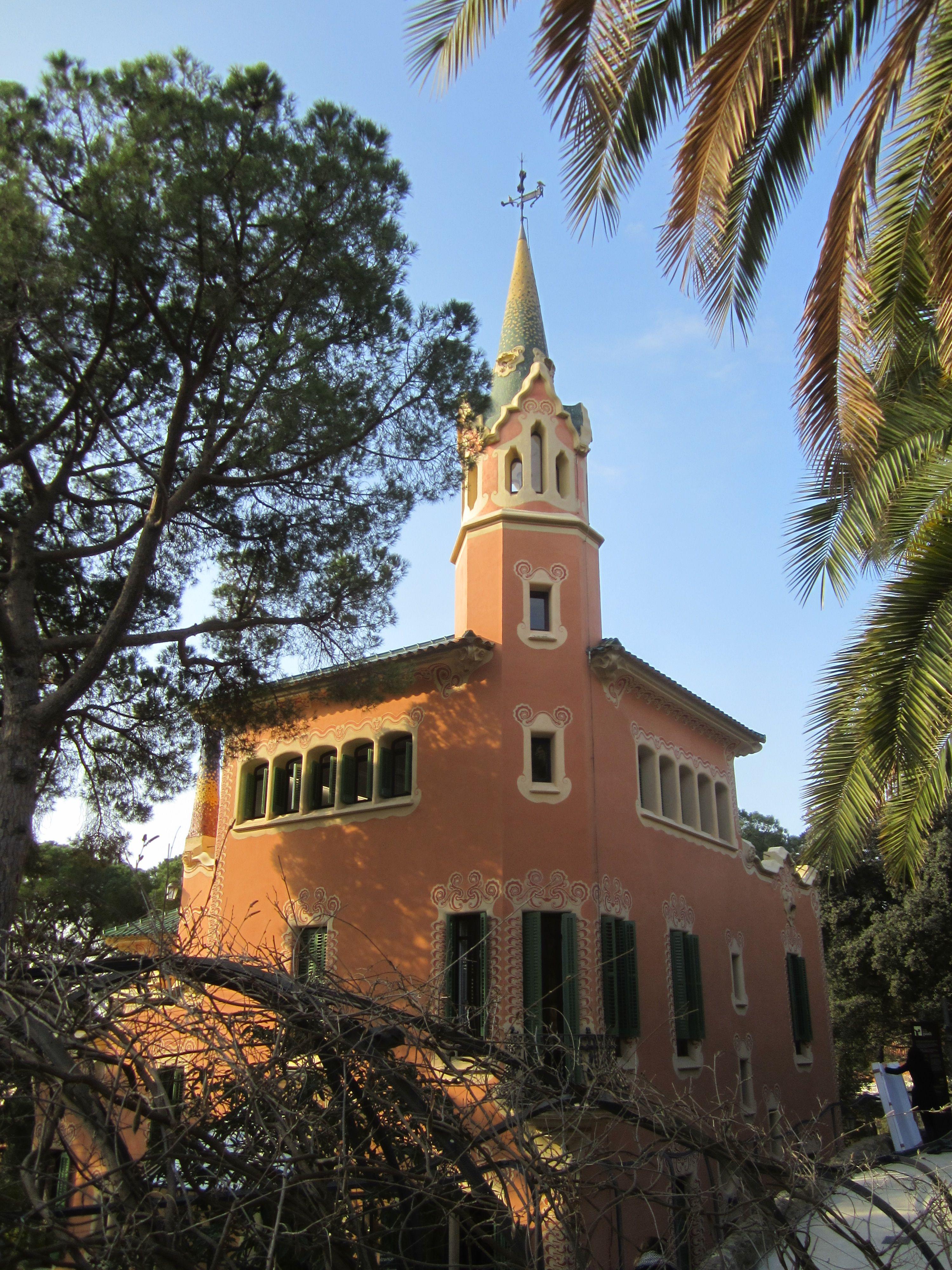 Casa Museo Gaudi.Casa Museo Gaudi En El Park Guell Places To Visit Museums
