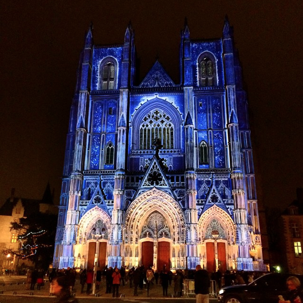 Cath drale saint pierre nantes illuminations de no l en mapping cathedrals temples - Office du tourisme nantes ...