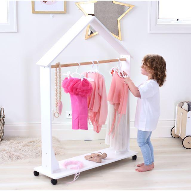 Isla Dress Up Clothes Rack | Habitaciones niña, Habitación infantil ...