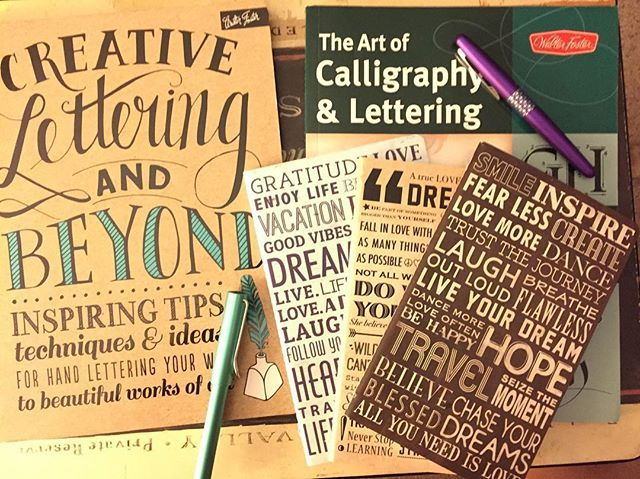 Two new books and 3 new notebooks to practice some lettering/calligraphy. Figured this is better then watching tv at night. Should be fun. Have you tried using the techniques in either of these books?