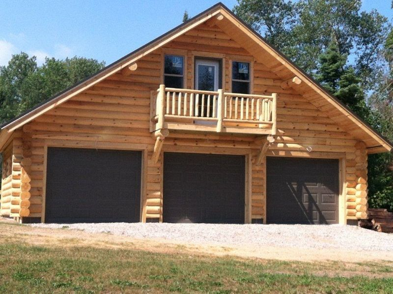 Log garage with apartment plans log cabin garage kits for Log pole barn