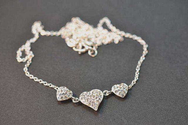 """Colección de collares hechos con Swarovski Elements""""     View them here at http://partytimedesignerjewellery.com"""