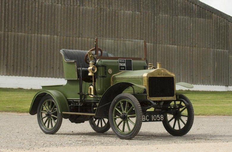 1908 Clyde 8 10hp Silent Light Roadster Clyde Was An Automobile Manufacturer Vintage Cars Old Classic Cars Classic Cars Vintage