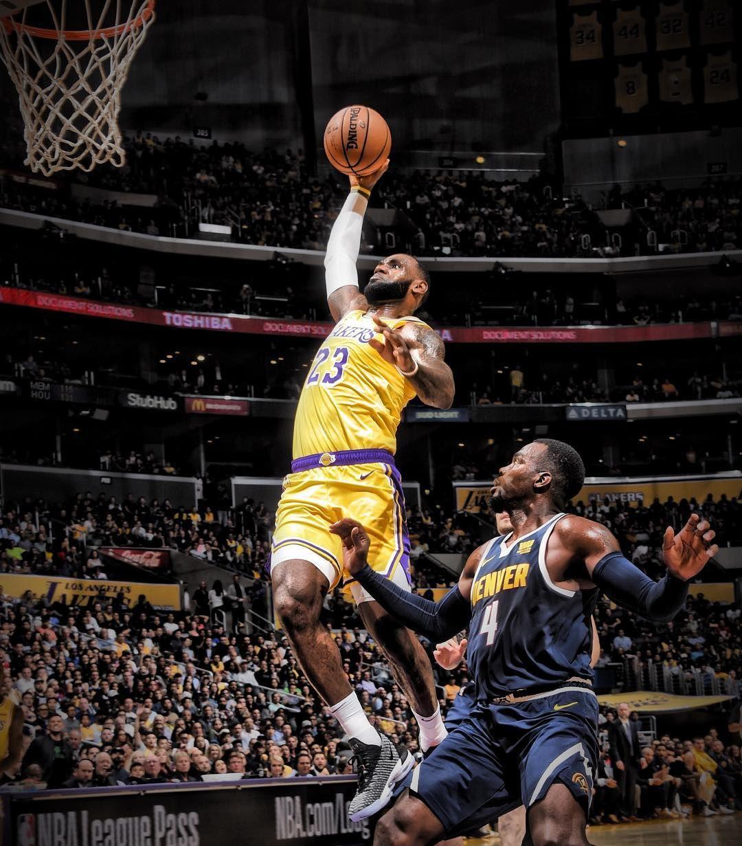 "NBA 在 Instagram 上发布:""👑💥 NBAPreseason"" Lebron james, Nba"