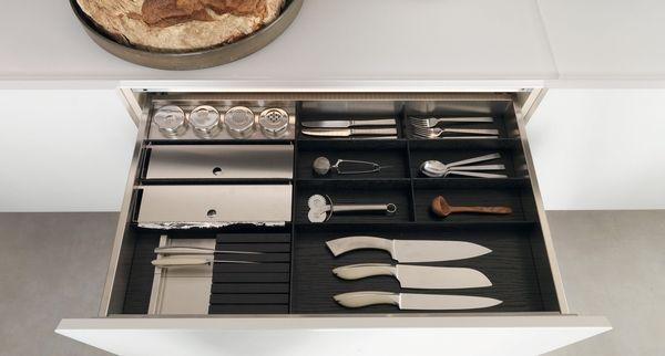Lu0027organizzazione In Cucina è Fondamentale! Ecco Perché Oggi Vi Consigliamo  Accessori Per Cassetti