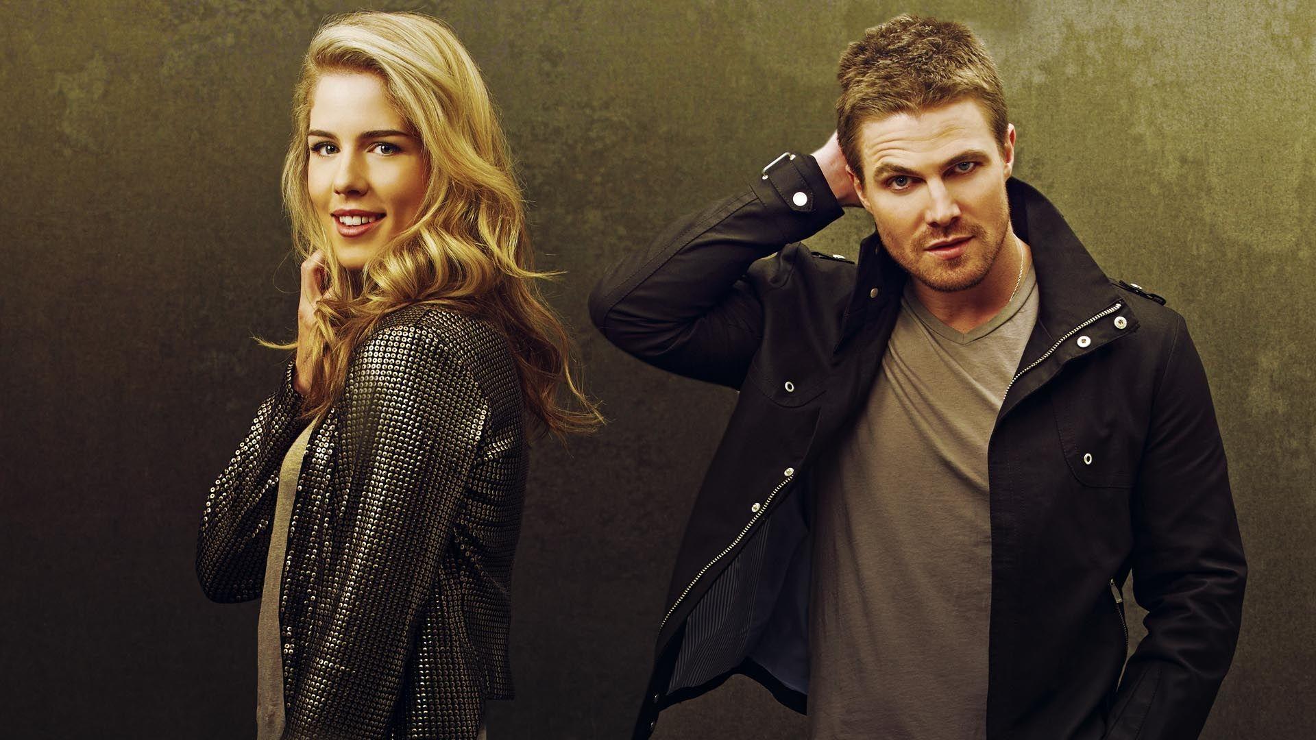TV Show Arrow  Emily Bett Rickards Stephen Amell Wallpaper