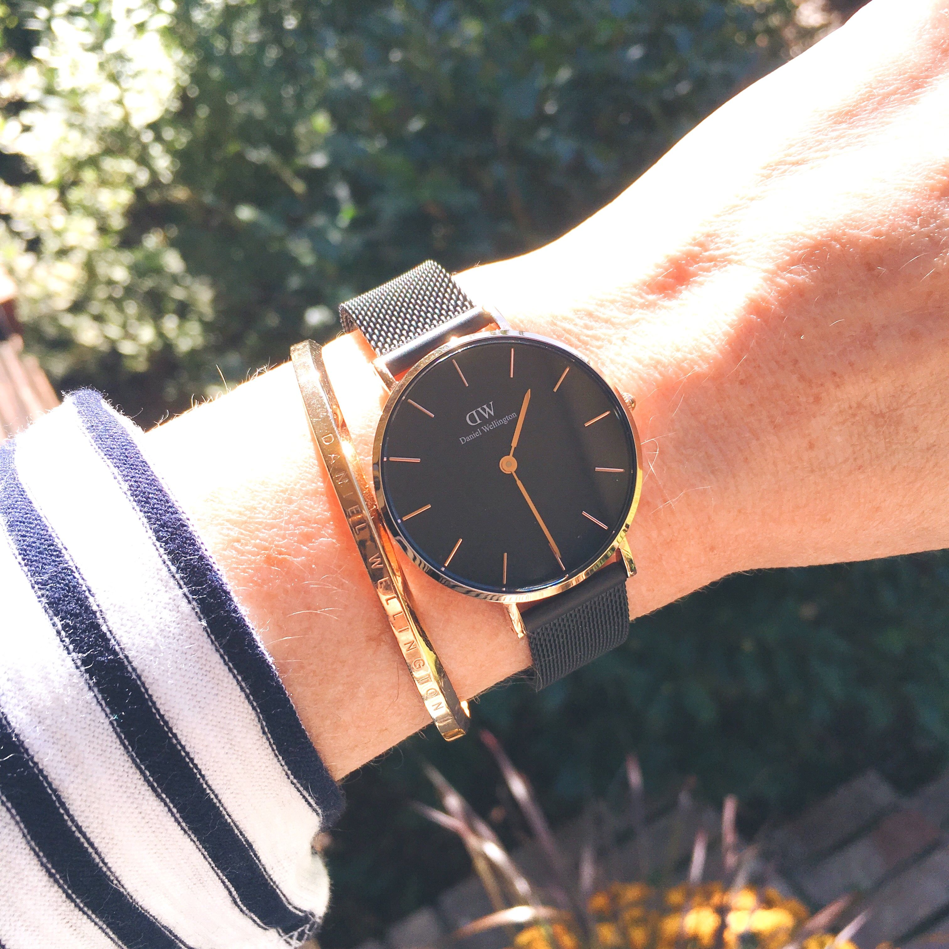 2bc40c1a46736 Meet the new Daniel Wellington watch...the Classic Petite Ashfield! It  comes in either rose gold or silver. Plus