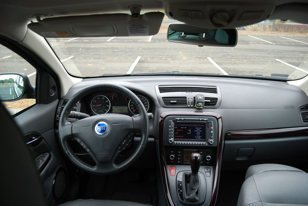 Fiat Croma Ii Inside With Images Fiat Automobile Cars