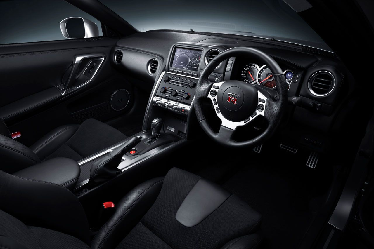 Nissan gt r painel