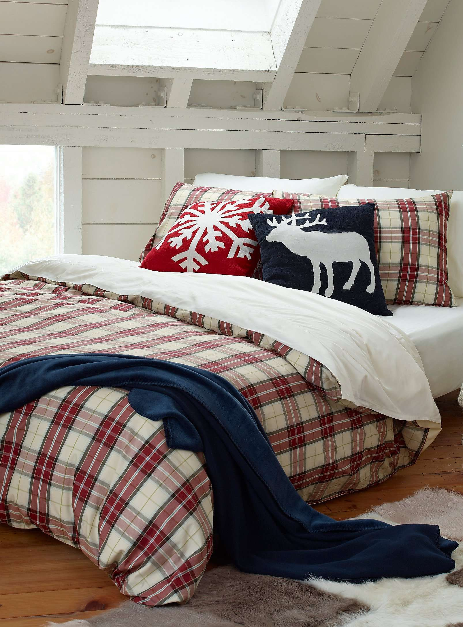 l 39 ensemble housse carreaux nordiques housses couette et douillettes simons no l. Black Bedroom Furniture Sets. Home Design Ideas