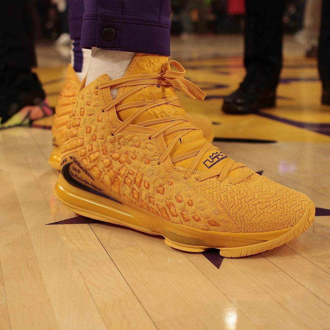 Tonight's Nike LeBron 17 for @kingjames