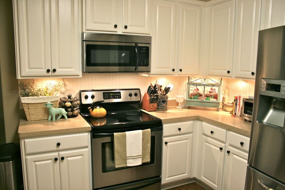 Best Desert Sand Counter And Pure White Cabinets Kitchen 400 x 300