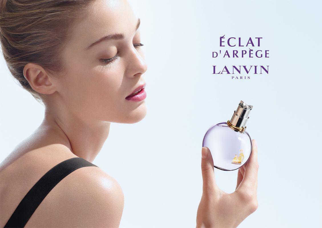 Lanvin Eclat D'Arpege este o creatie contemporana pe tema iubirii. Sticla parfumului Lanvin Eclat D'Arpege simbolizeaza iubirea vesnica, iar parfumul este un parfum floral fructat stralucitor (Eclat inseamna stralucire) si plin de bucurie.   http://iselin.ro/Lanvin-Eclat-DArpege-EDP-Women-682.html
