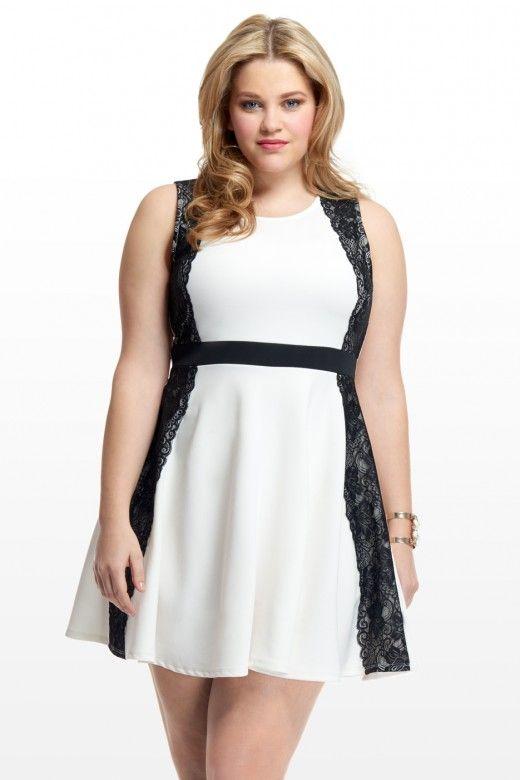 Side lace dress