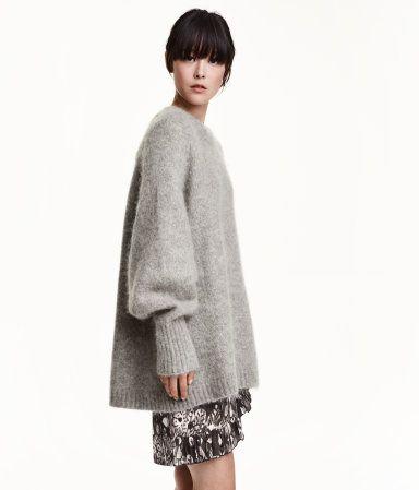 buy online 6a663 b90a7 Weiter Pullover aus Mohairmischung. Weite, schmal zulaufende ...