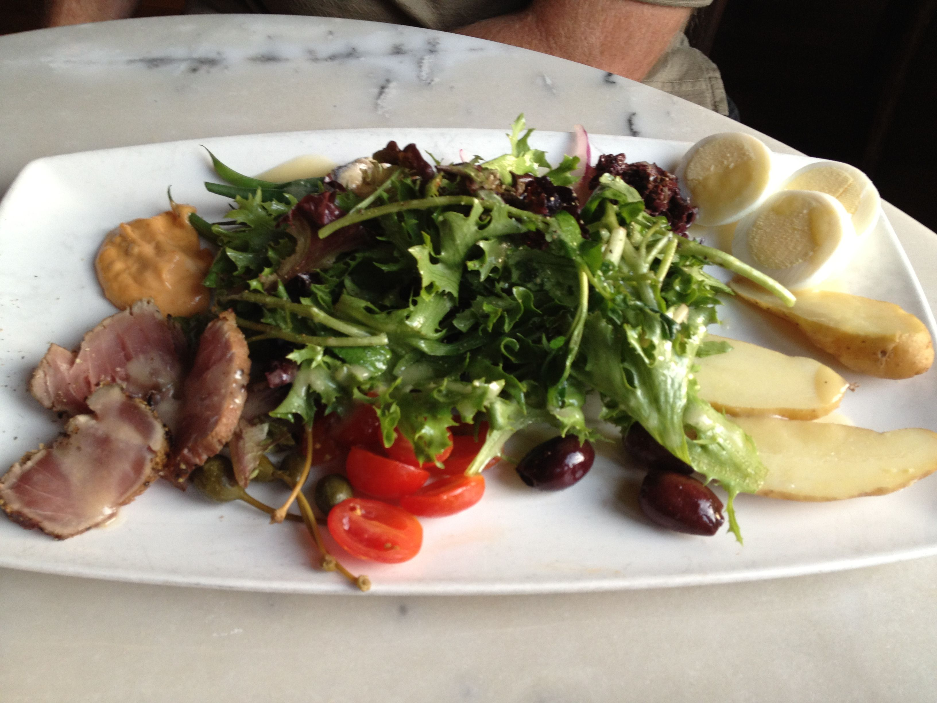 Salad nicoise at toulouse cafe and bar dallas good food nicoise salad ethnic recipes - Cuisine easy toulouse ...