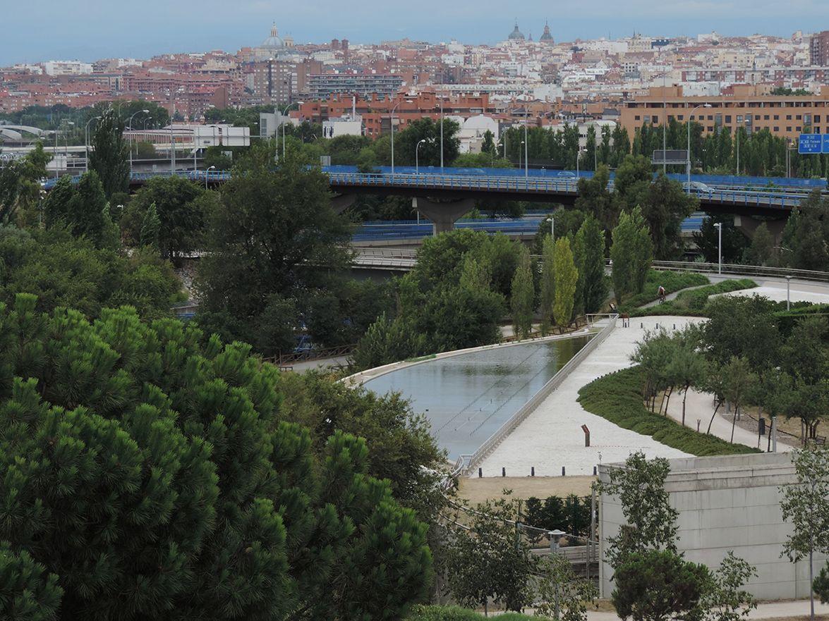 http://www.elhogarnatural.com/fichas%20A/AZ%20fichas/FichasdesdeAbeliaaAztekium.htm