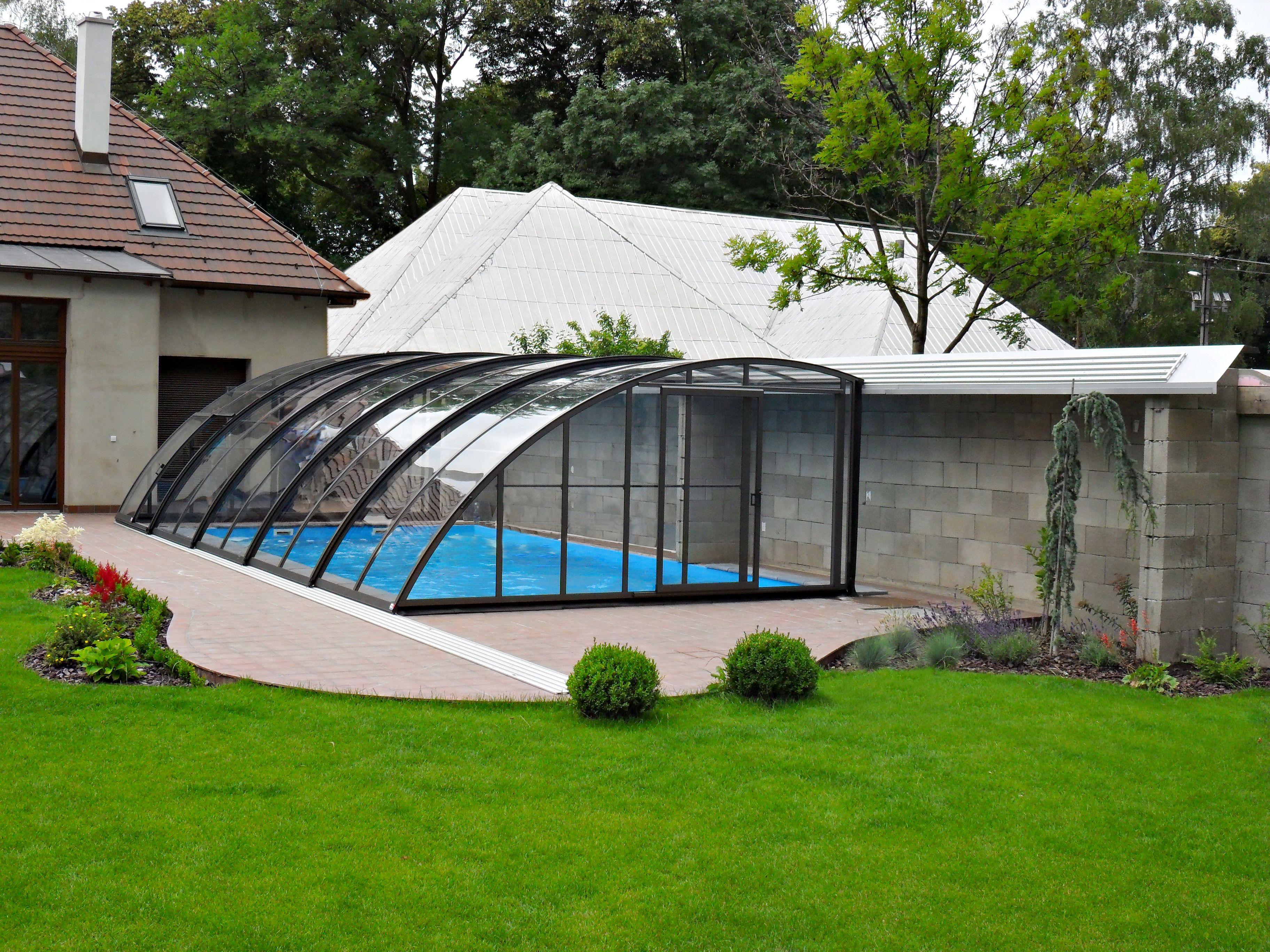 Lean To Enclosure Style By Alukov Garten Gartenpools Pool Im Garten
