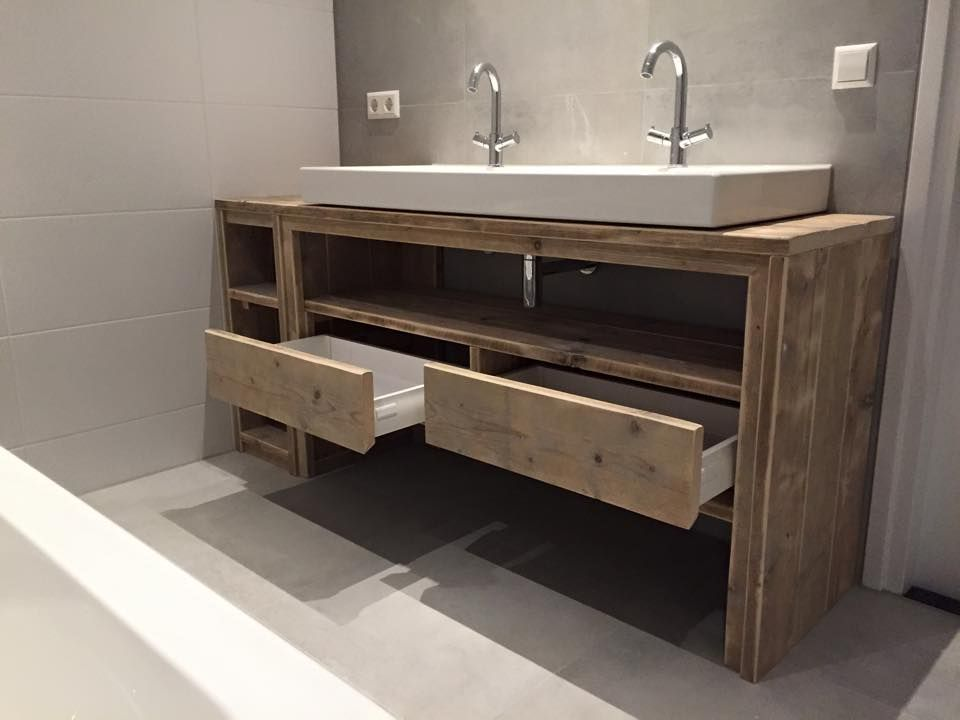 Meuble salle de bain de chez Pays Bois Salle de bains Pinterest