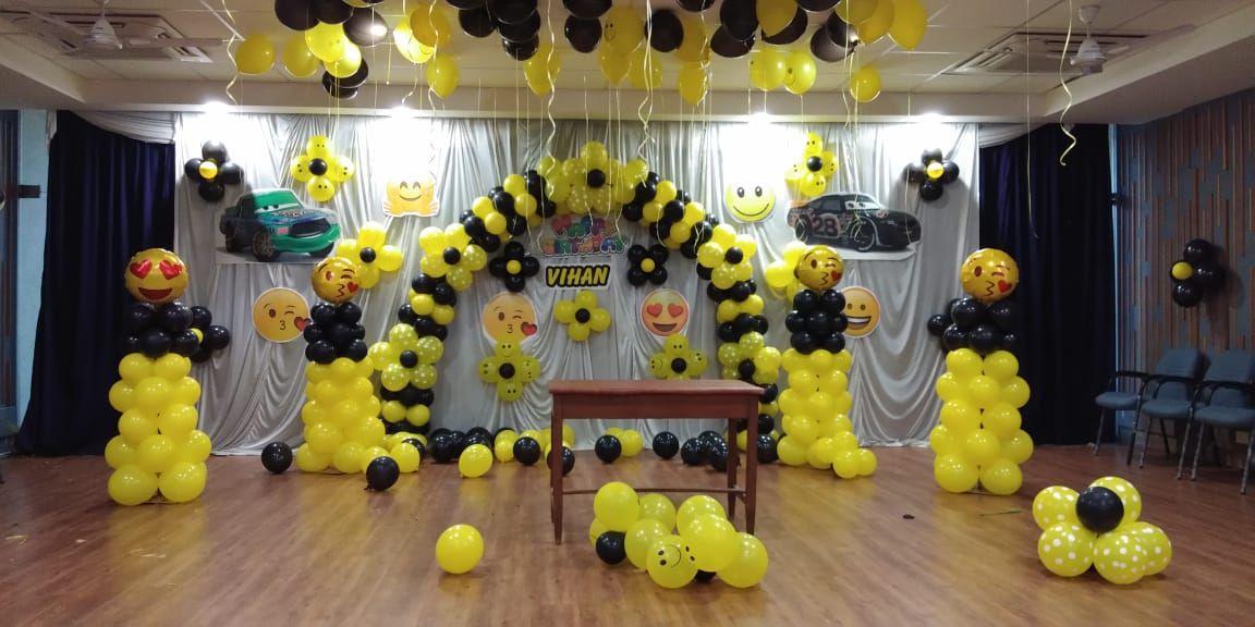 Emoji Theme Birthday Stage Decoration Birthday Balloon Decorations Birthday Decorations Balloon Decorations Party