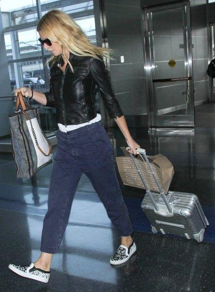 Gwyneth Paltrow Photos - Gwyneth Paltrow Spotted at LAX - Zimbio