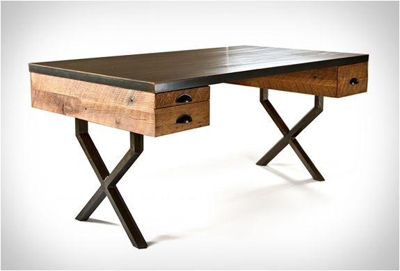 Bureau en chêne et acier walter desk de richard velloso charge