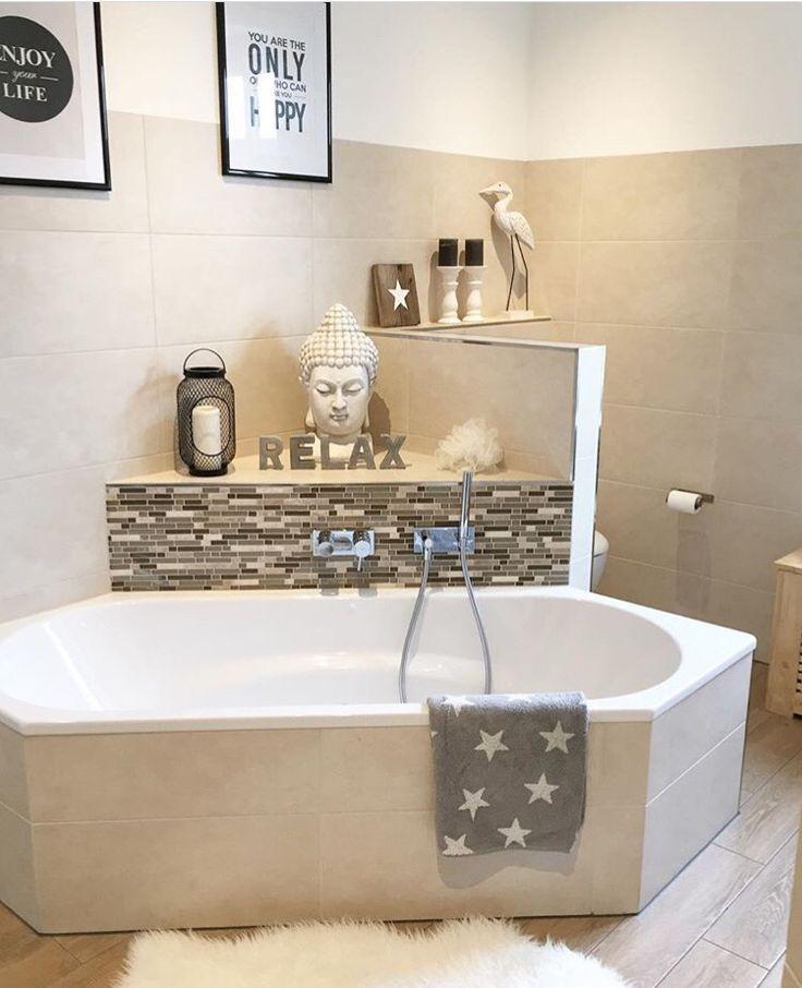 Badezimmer Badewanne Mosaik Bad Fliesen Holzoptik Badewanne
